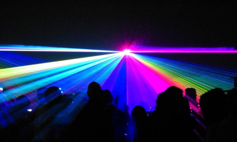 Kolorowe lasery