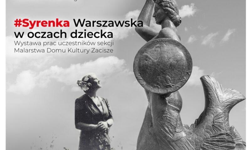Kobieta patrząca na pomnik Syrenki Warszawskiej
